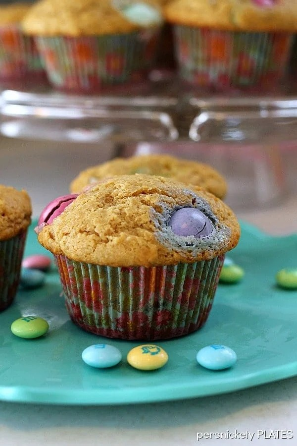 Peanut Butter M&M Muffins | Persnickety Plates