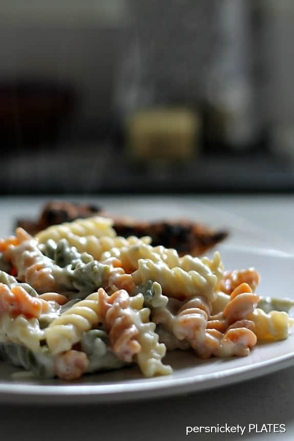 Stovetop Pepper Jack Macaroni & Cheese | Persnickety Plates