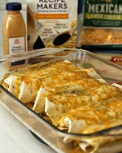 Persnickety Plates: Verde Chicken Enchiladas #kraftrecipemakers #shop #cbias
