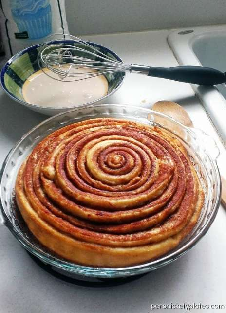 Cinnamon Roll Cake   Persnickety Plates