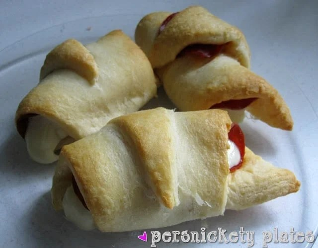 Persnickety Plates: Crescent Pepperoni Pizza Roll-Ups