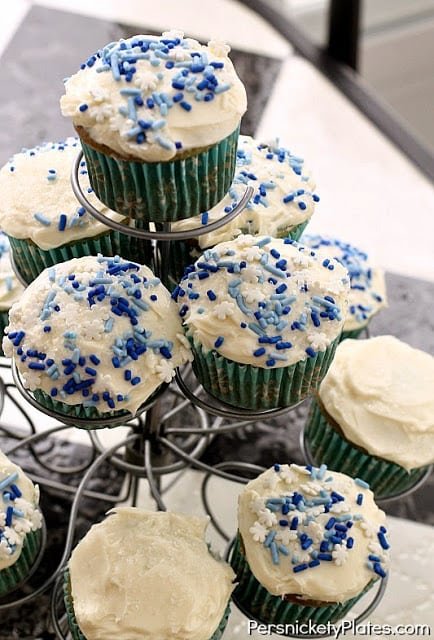 Winter Wonderland Cupcakes by Duff | Persnickety Plates