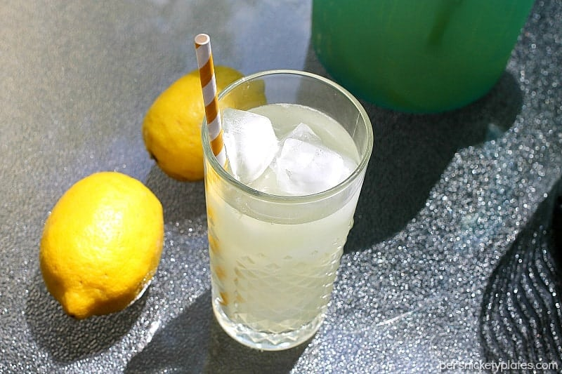 Homemade Lemonade with just the right amount of sweetness is the perfect, easy four-ingredient drink for your next gathering. | Persnickety Plates