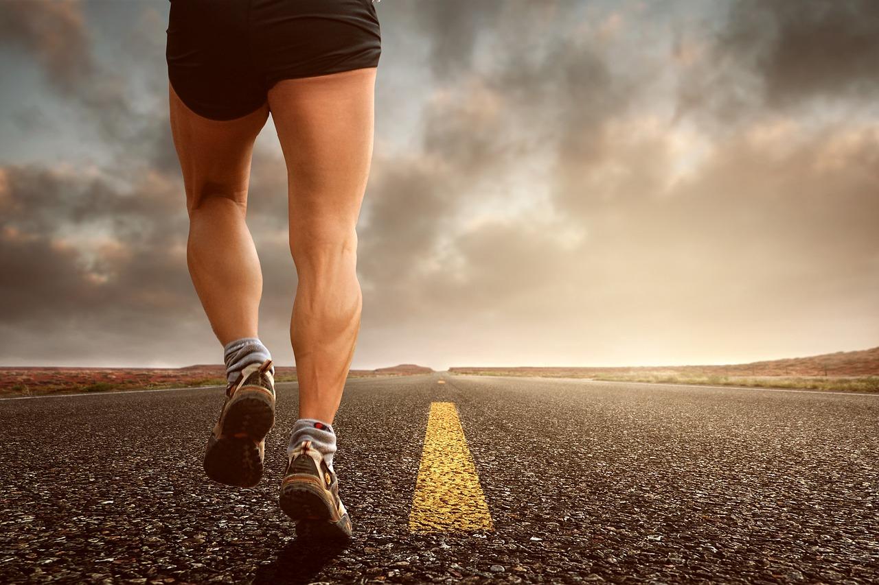 Wie du durch Krafttraining schneller laufen kannst