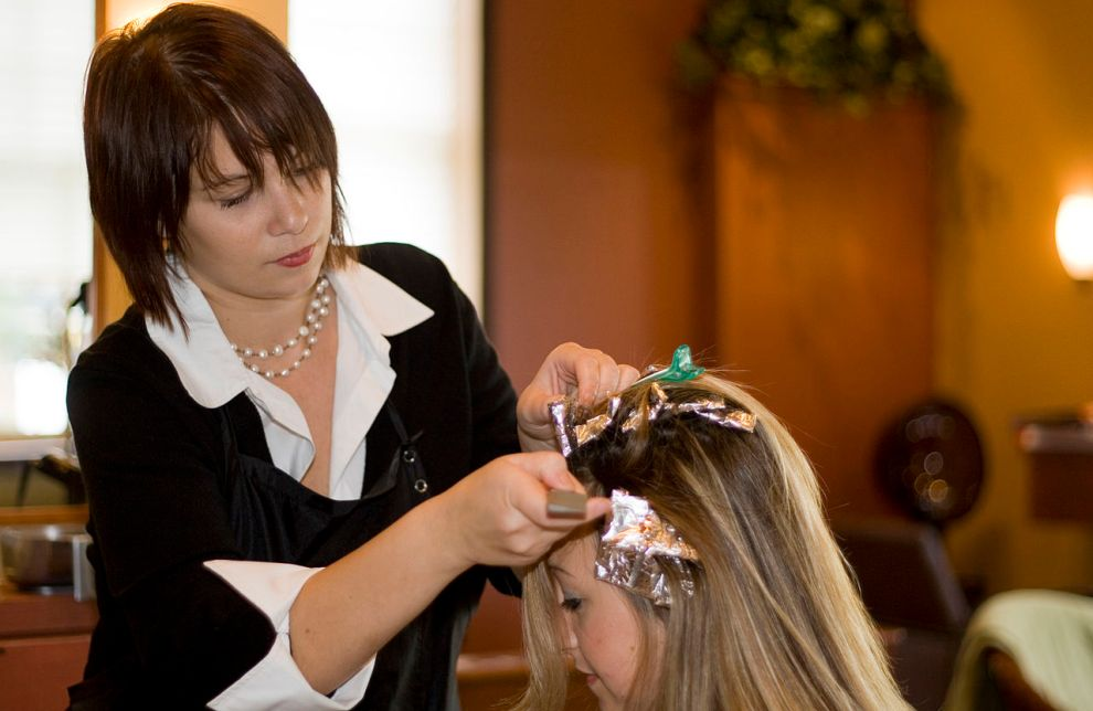 How to become a stylist