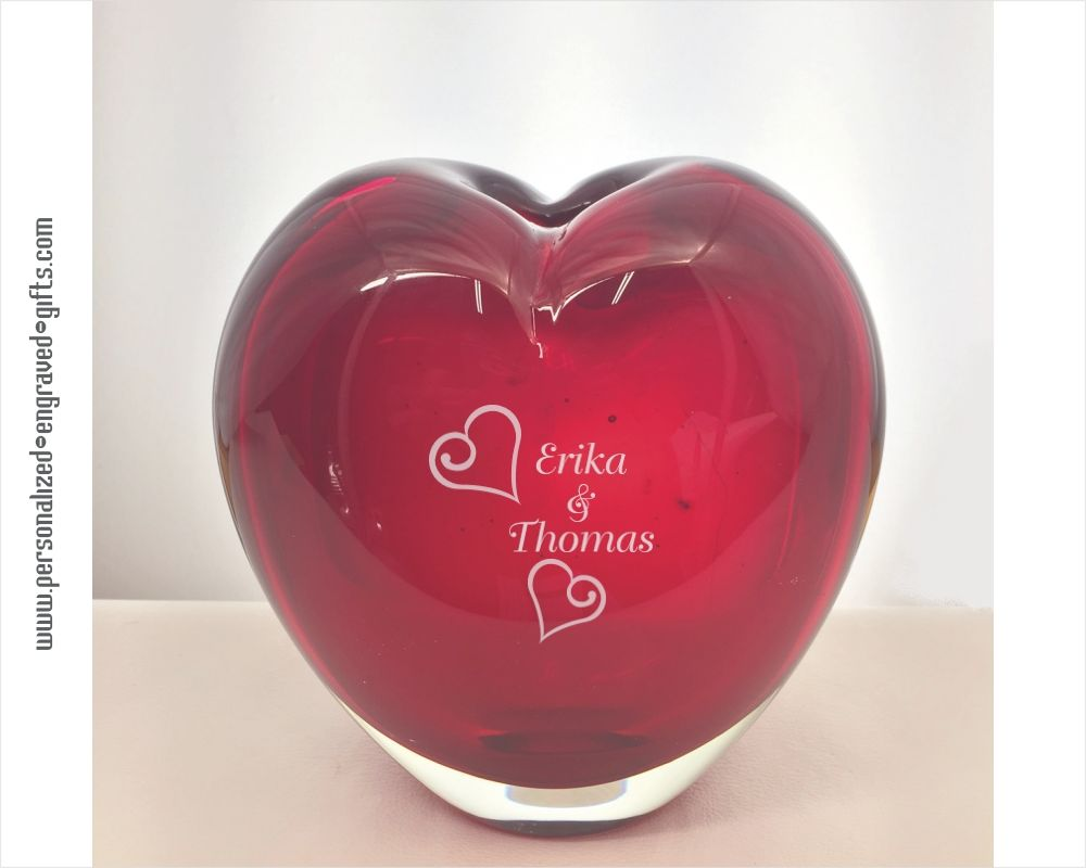 Personalized Engraved Red Heart Shaped Art Glass Vase