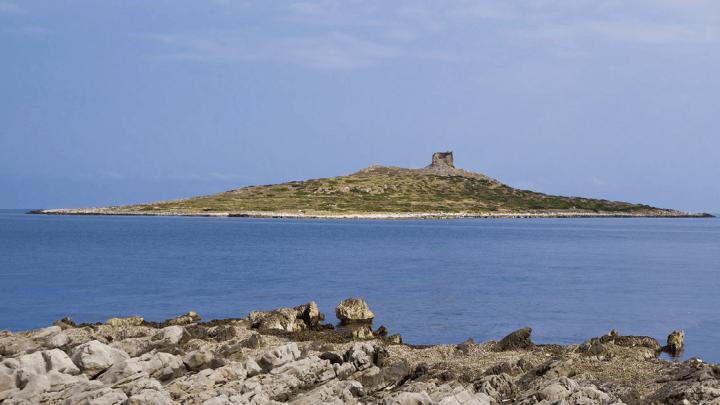 Investimenti immobiliari estremi – Isole in vendita in Italia e all'estero