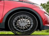 Michelin e GM hanno presentato il primo pneumatico senz'aria