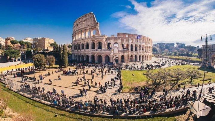 Allarme sovraffollamento turistico per la Capitale d'Italia