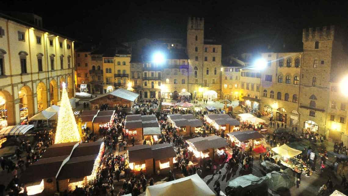 La città del Natale ad Arezzo, tra mille luci
