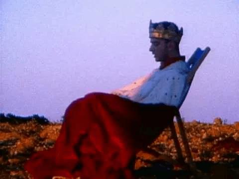 5 febbraio, 30 anni fa veniva pubblicato di Enjoy the silence dei Depeche Mode