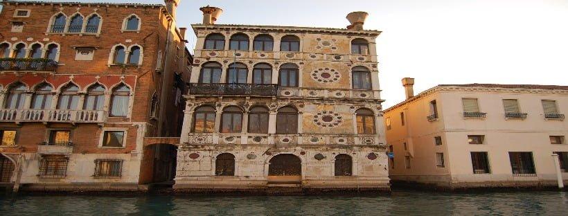 Ca' Dario a Venezia: il palazzo maledetto