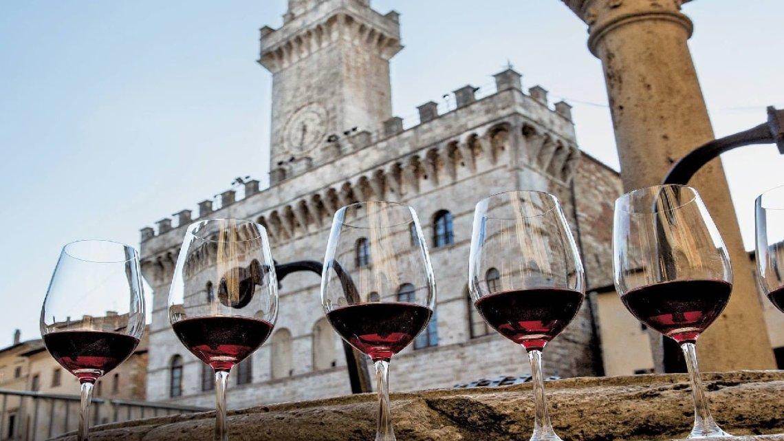 """Vino Nobile di Montepulciano: """"Toscana"""" è obbligatorio in Etichetta"""