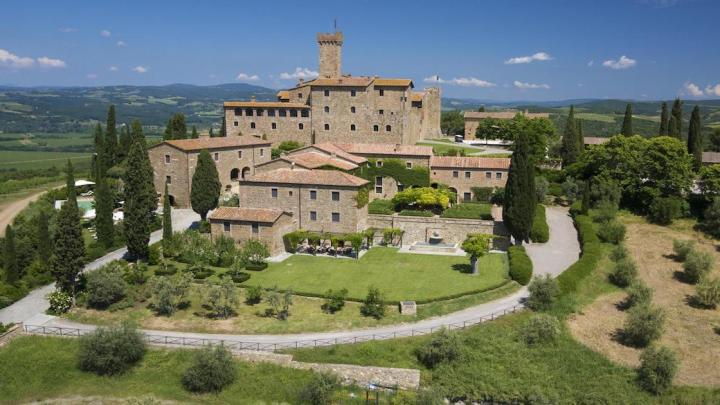 Stella Michelin per il Ristorante Sala dei Grappoli di Castello Banfi
