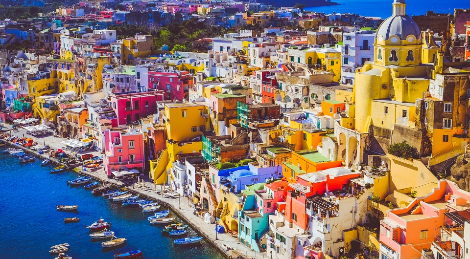 Capitale italiana della Cultura 2022: la vincitrice è Procida, niente da fare per Verbania