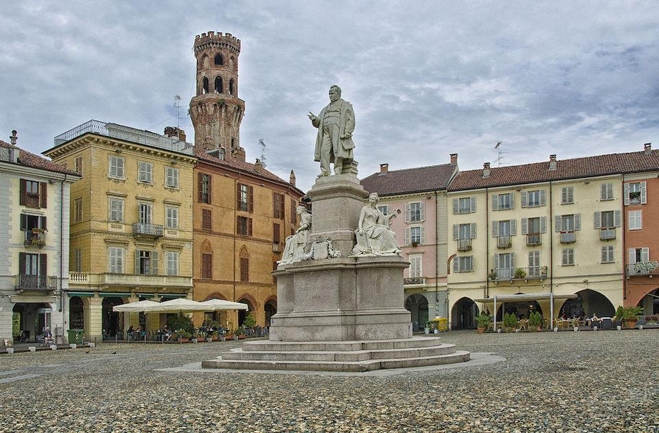 Vercelli: dall'anfiteatro romano ai capolavori dei maestri del rinascimento piemontese