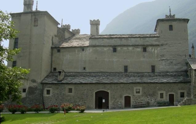 Il magico castello di Issogne