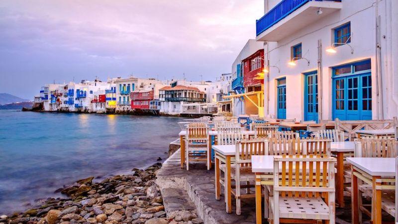 La Grecia aprirà i confini ai turisti vaccinati con gli anticorpi e tampone negativo per il Covid-19