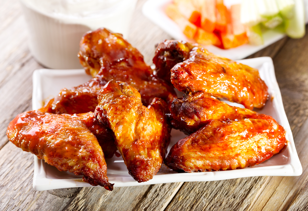 Personal Trainer Food is so easy that you can lose weight while eating wings.
