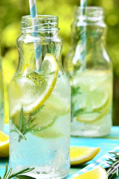 Pin this for low-carb drink mixers that will help you lose weight or maintain.