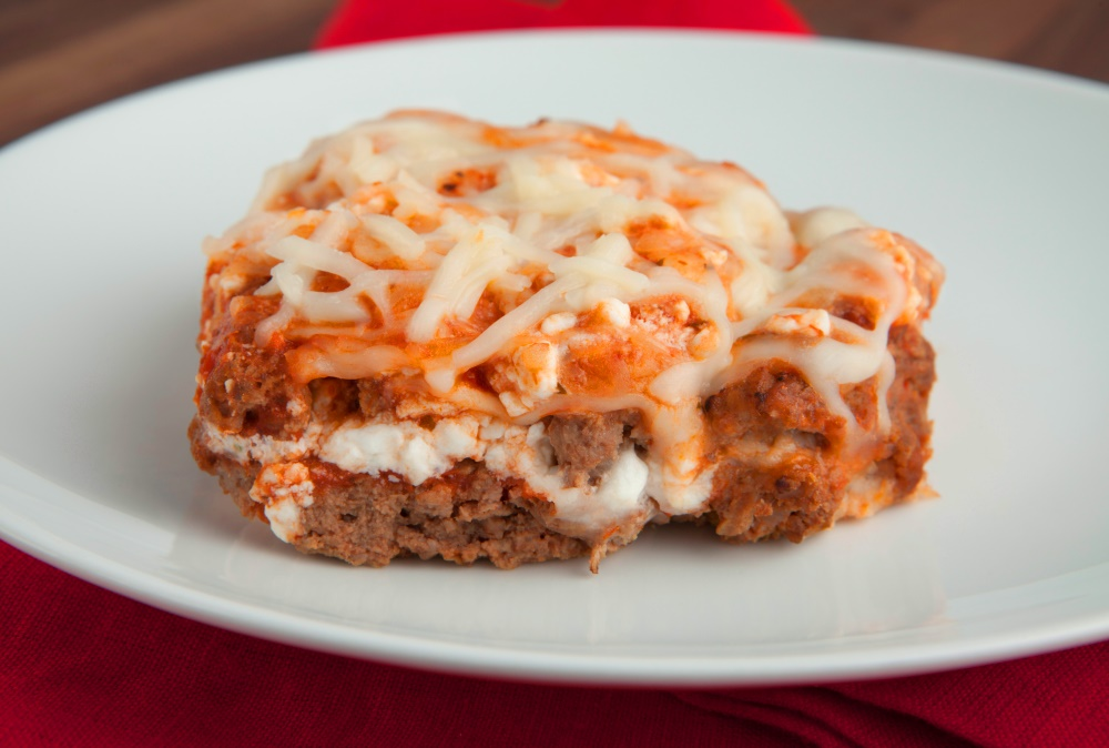 Low-carb weight loss lasagna that doesn't skimp on flavor from Personal Trainer Food.