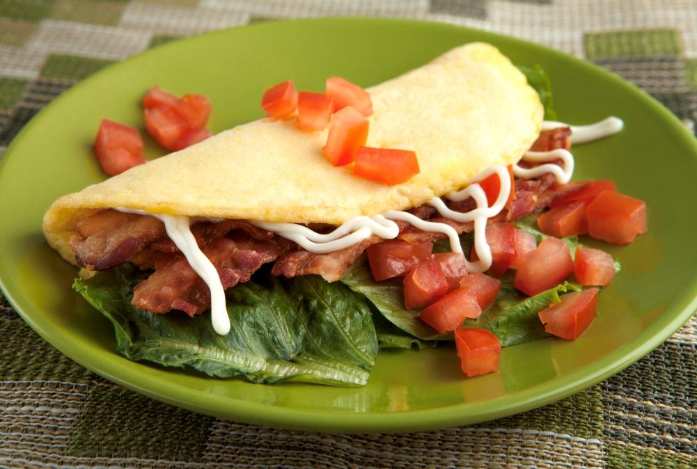 Stuffed Omelet BLT_resized
