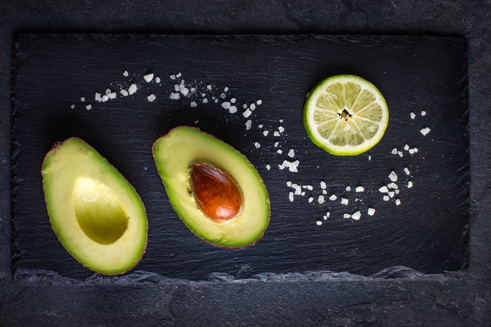 You love avocado, can it help you lose weight fast-- check out these healthy low-carb snacks that you can use today to lose weight and feel great with Personal Trainer Food today!
