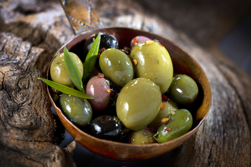 Is it ok to eat olives if you are trying to lose weight? Find out if olives are good for your diet and waistline, along with many other snacks, foods, and recipes from Personal Trainer Food.