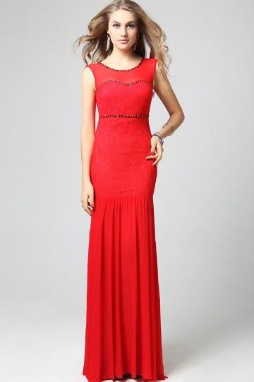 Robe rouge dentelle sirène ornée de bijoux mousseline