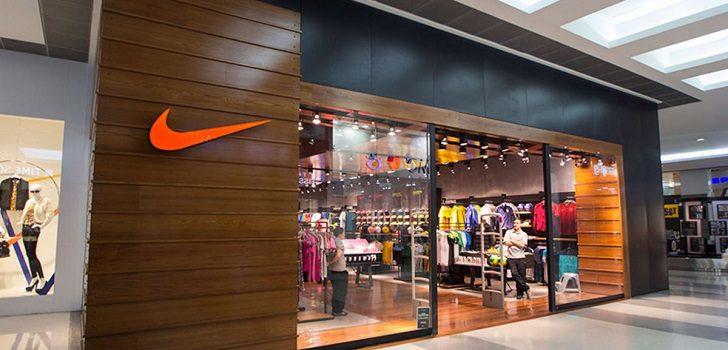 Mall Asia Nike Store