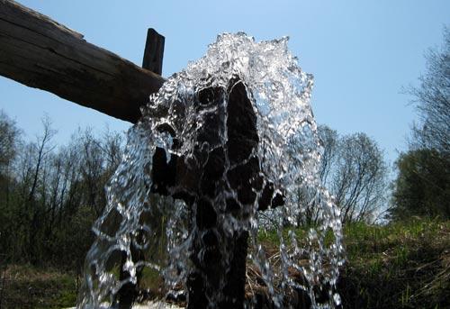 Talaa, plomería, agua viva y sus propiedades.
