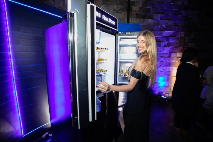 Samsung reafirma su liderazgo en línea blanca y presenta su nueva línea de refrigeradoras Flex Door