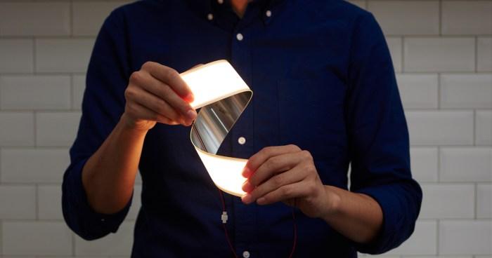 LG registra tres nombres para su próximo smartphone plegable