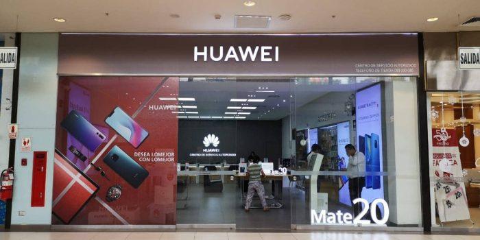 Huawei quiere que cambies la batería de tu viejo smartphone por una suma ridícula
