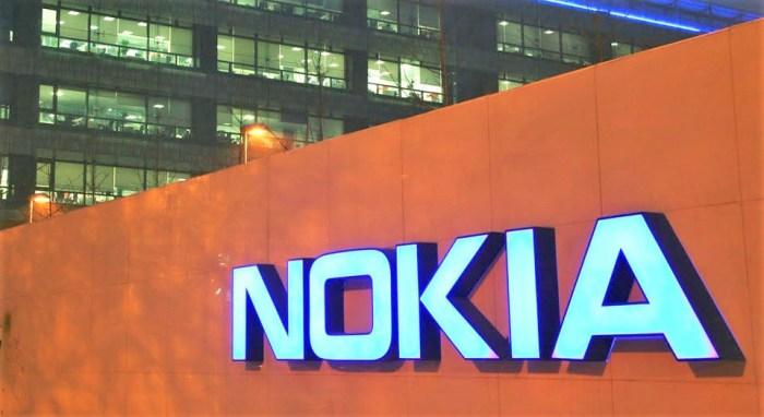 Apple paga a Nokia 2 mil millones de dólares por usar sus patentes