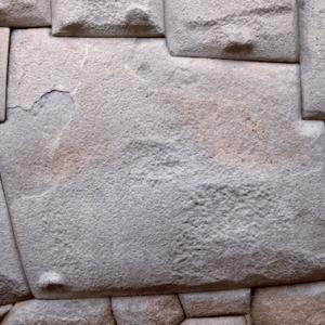 12 angled stone in Cuzco