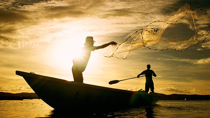 Línea de crédito para pescadores artesanales.
