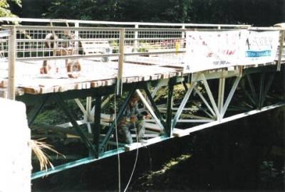 Peskanje in barvanje mostu (Hudičev most višina 70m, Tolmin)