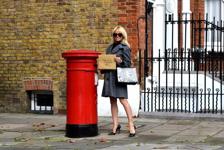 pamela-post-box-bright