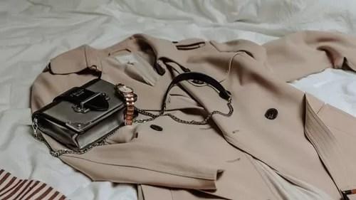 ブランドコートとバッグ時計