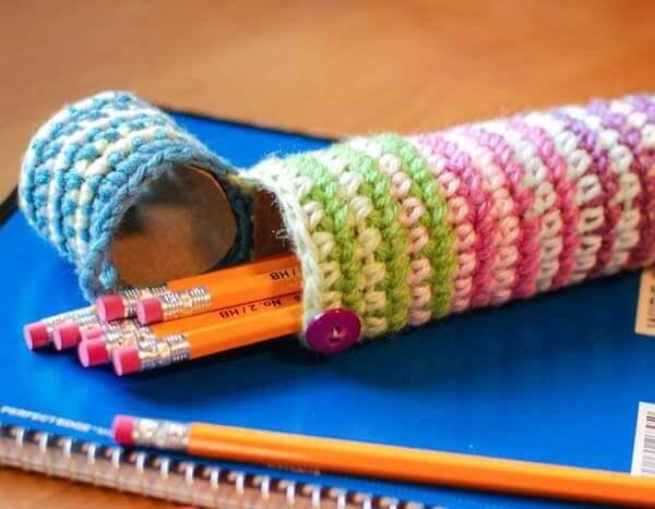 crochet case for pencils