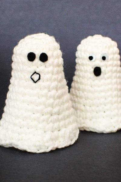 Halloween Ghost Crochet Pattern + Ghosting Printable