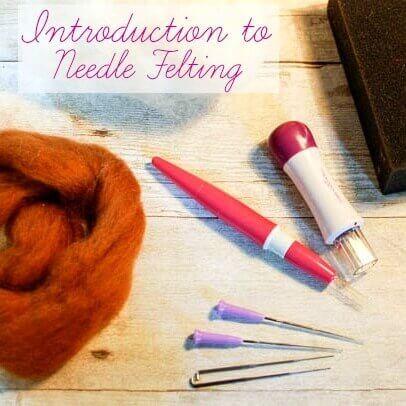 Needle Felting 101: Introduction to Needle Felting | www.petalstopicots.com | #needlefelting #felting #fiberarts
