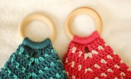 Teether Lovey Crochet Pattern | www.petalstopicots.com | #crochet