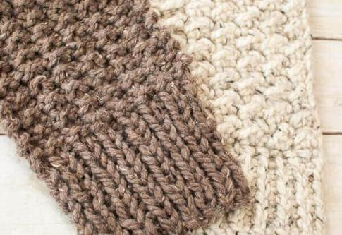 Quick and Comfy Knit Pattern www.petalstopicots.com #knit #knitting
