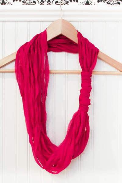 Easy DIY Loop Scarf {No Sewing, Knitting, or Crocheting Required!}