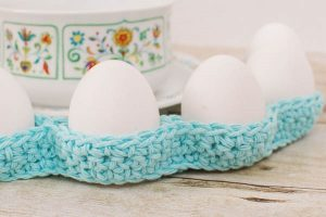 Awesome Easter Table Decor by Petals to Picots
