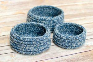 Chunky Nesting Baskets Crochet Pattern, www.petalstopicots.com