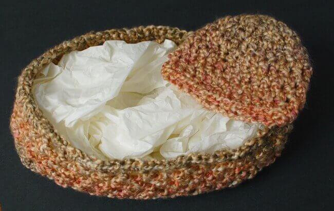 Newborn Crochet Cocoon and Cap Photo Prop Pattern