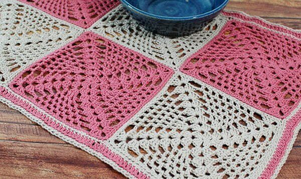 Retro-Chic Crochet Table Runner Pattern | Petals to Picots